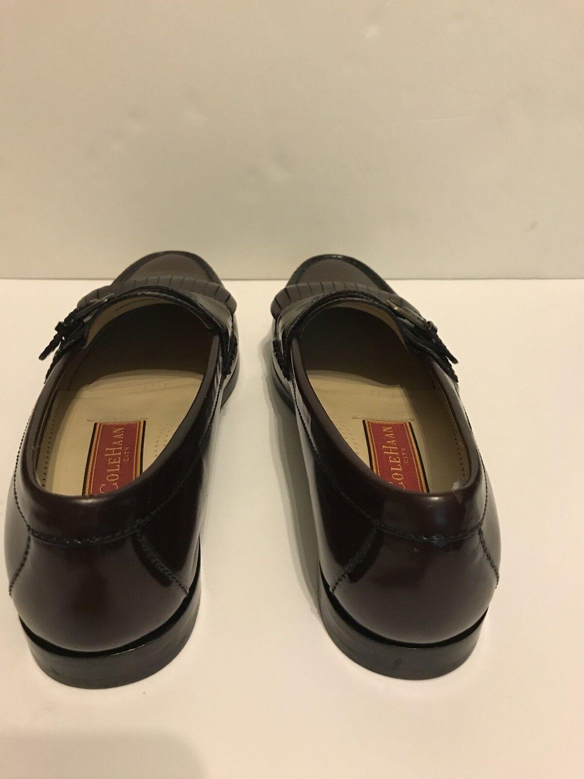 risposta prima volta Uomo Cole Cole Cole Haan City Classics Leather Loafers scarpe Buckle Burgundy Marrone 8 1 2D  Sito ufficiale