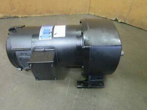 LEESON-108704-00-C4D17NZ21C-1-4HP-DC-GEARMOTOR-29-1-RATIO-238LB-IN-90VDC