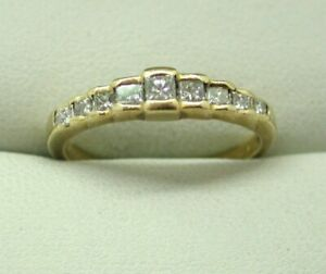 Lovely-18-Carat-Gold-9-Stone-Princess-Cut-0-44-Carat-Diamond-Ring-Size-O