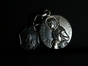 Lot-de-2-medaille-religieuse-ancienne-Sainte-Germaine-St-Therese-MR-07800