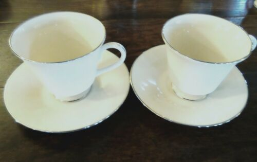 Lenox Maywood Cosmopolitan Collection Footed CupsSaucers x2 Cream Platinum Trim