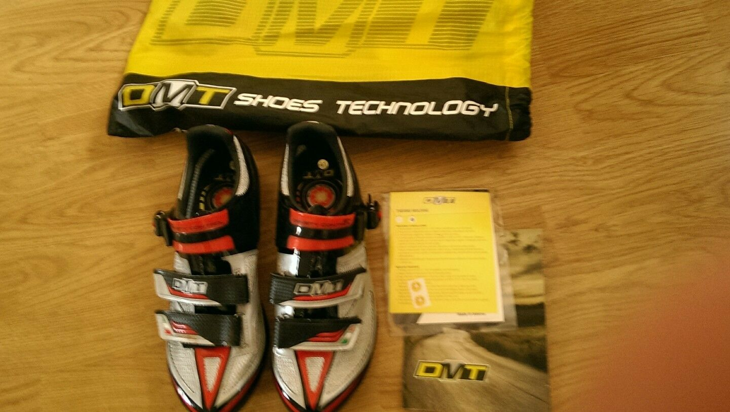 DMT Carbon Womens Cycling shoes size 7 - like new MBT cletes (almost brand new)