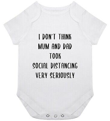 Sozial Entfernung Baby Grow Strampler Geschenk Geburt ...