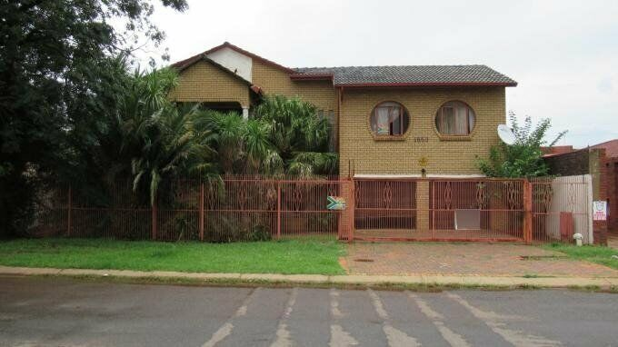 3 Bedroom with 3 Bathroom House For Sale Gauteng