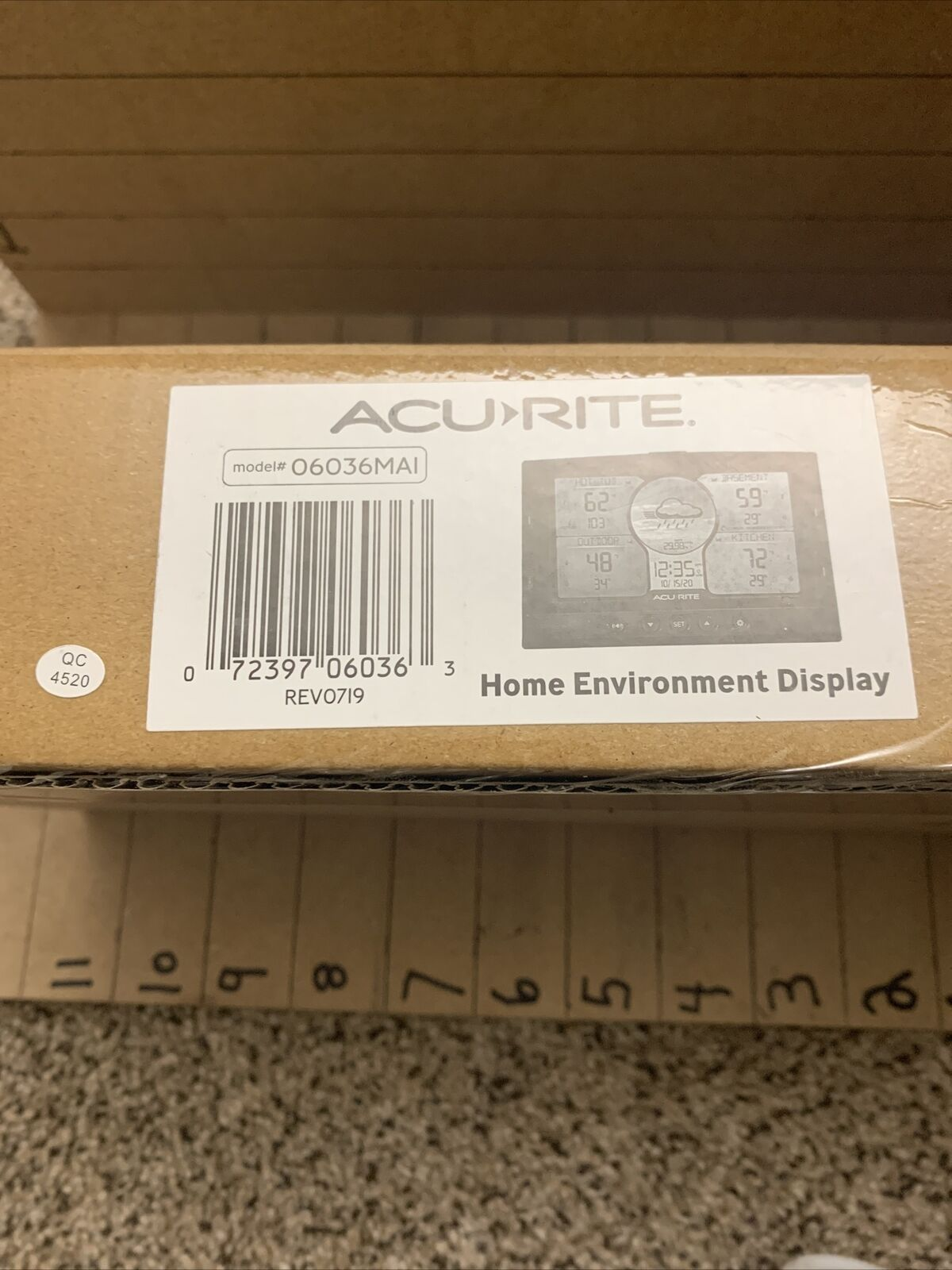 acurite indoor/outdoor weather station w/ 3 sensors , NEW