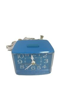 Vintage Westclox Sizzler blue Drowse Dialite Second Hand Electric Alarm Clock