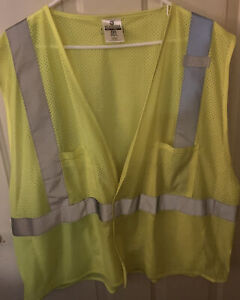 NWOT ML Kishigo 3X Reflective Utility Safety Vest w/ Pockets Yellow/Lime Class 2