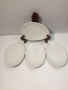 Dudson-Stoke-On-Trent-England-Set-of-4-Teardrop-Geometrix-White-Plates-Vitrified