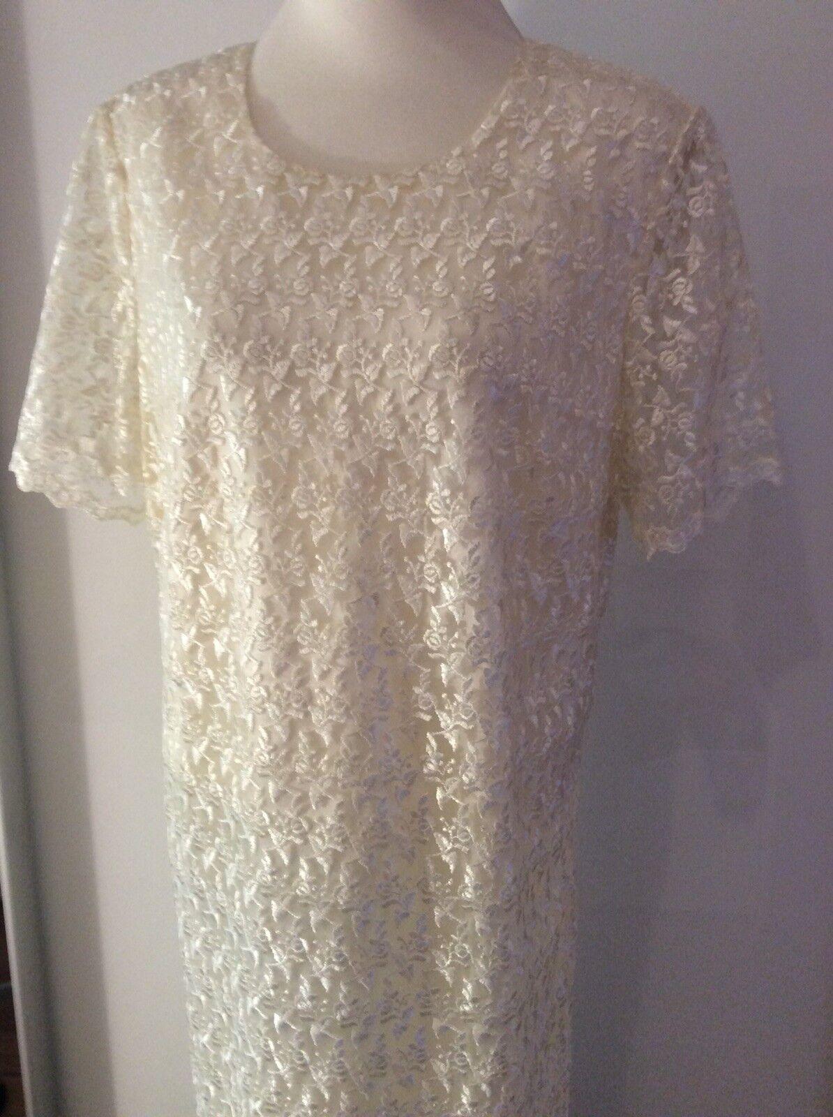 Kleid Sehr apart Damenmode Accessoires Größe Größe Größe 46.Diva Blogger. | Qualität und Verbraucher an erster Stelle  | Innovation  | Angenehmes Gefühl  ff24df