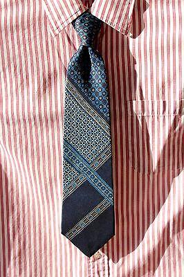 yApré Vintage Blue, Silver, & White Printed Silk Tie - Sy Devore Hollywood