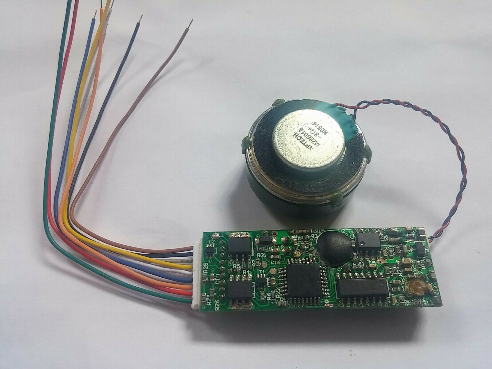 No return. Four HO DCC Steam Sound Decoders with speaker