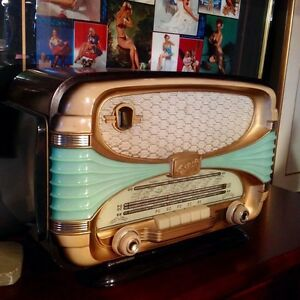 OCEANIC-SURCOUF-Rarest-Art-Deco-FRENCH-50s-TUBE-RADIO-Plastic-Mid-Century-Modem