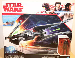 Kylo-Ren-039-s-TIE-Silencer-Star-Wars-the-last-jedi-2017-Box