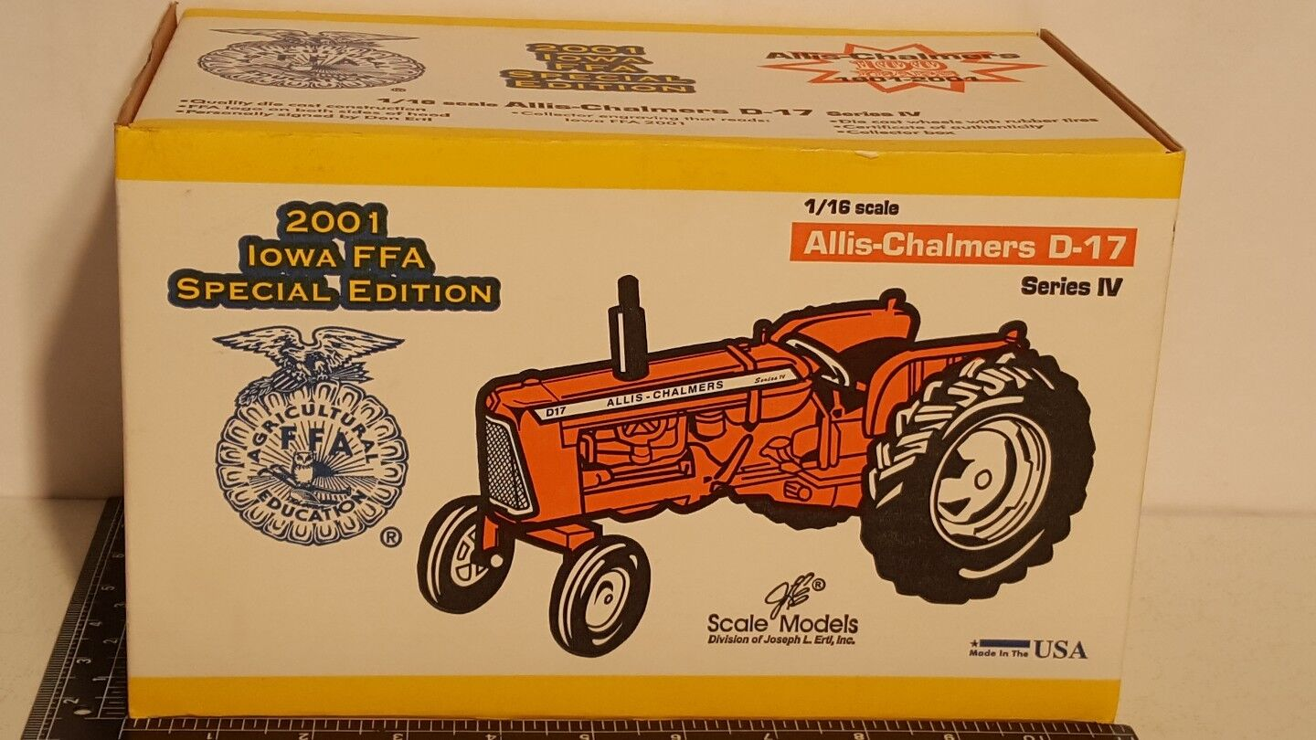 Allis Chalmers D-17 Series IV 1 16 diecast farm tractor replica by Scale Models