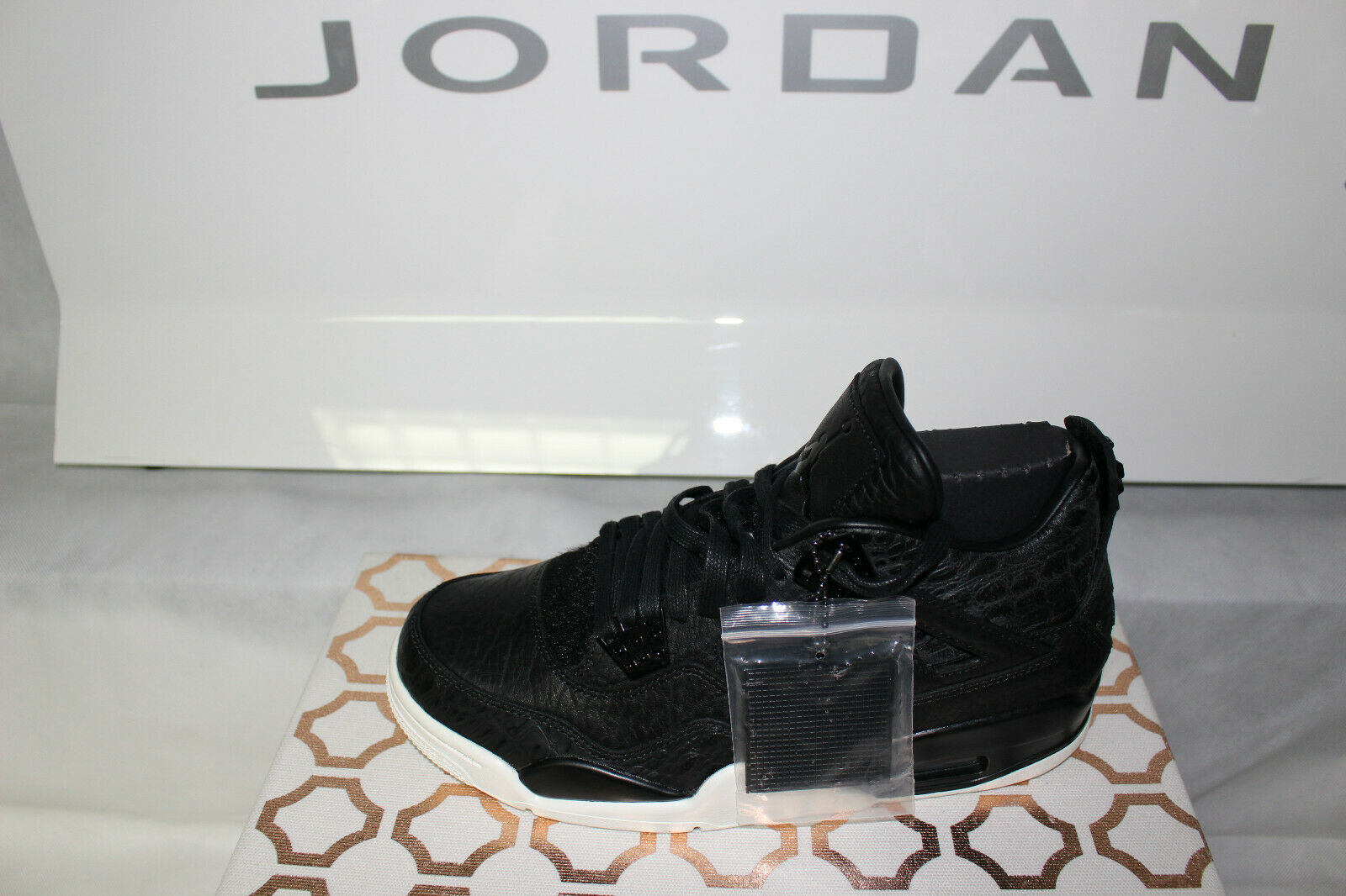 c819f12739b Nike Jordan Retro 4 Retro Pony 819139-010, Brand New Rare Size 8.5 Hair  Premium njgkvr1705-Athletic Shoes