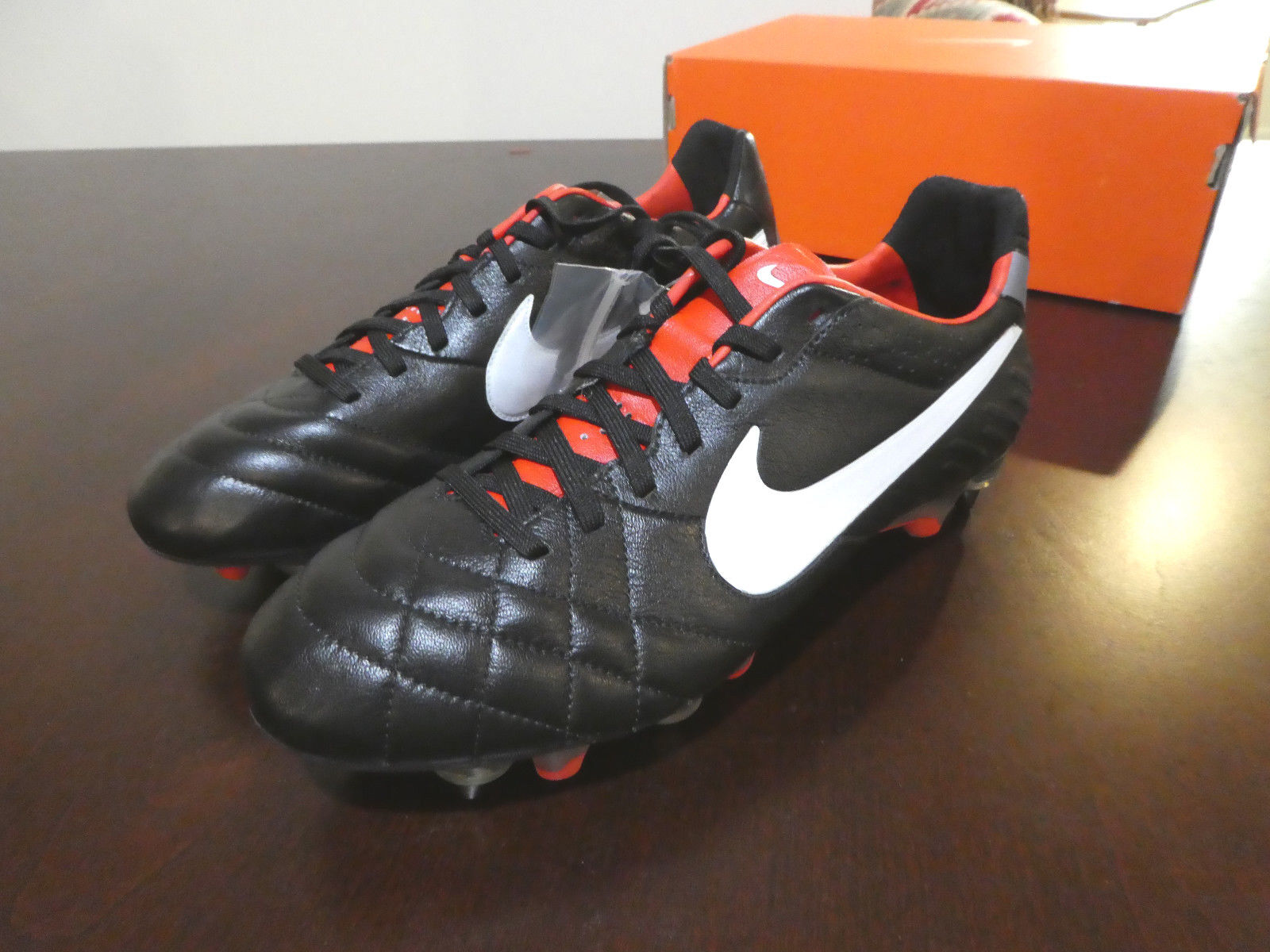 Nike Tiempo Legend IV SG Pro Soccer Cleats new shoes 509041 010 Made in Bosnia