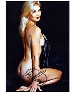 Christina-Applegate-Signed-8x10-Autographed-Photo-Reprint