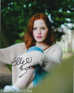 Ellie-Bamber-Pride-Prejudice-Zombies-Autographed-Signed-8x10-Photo-COA