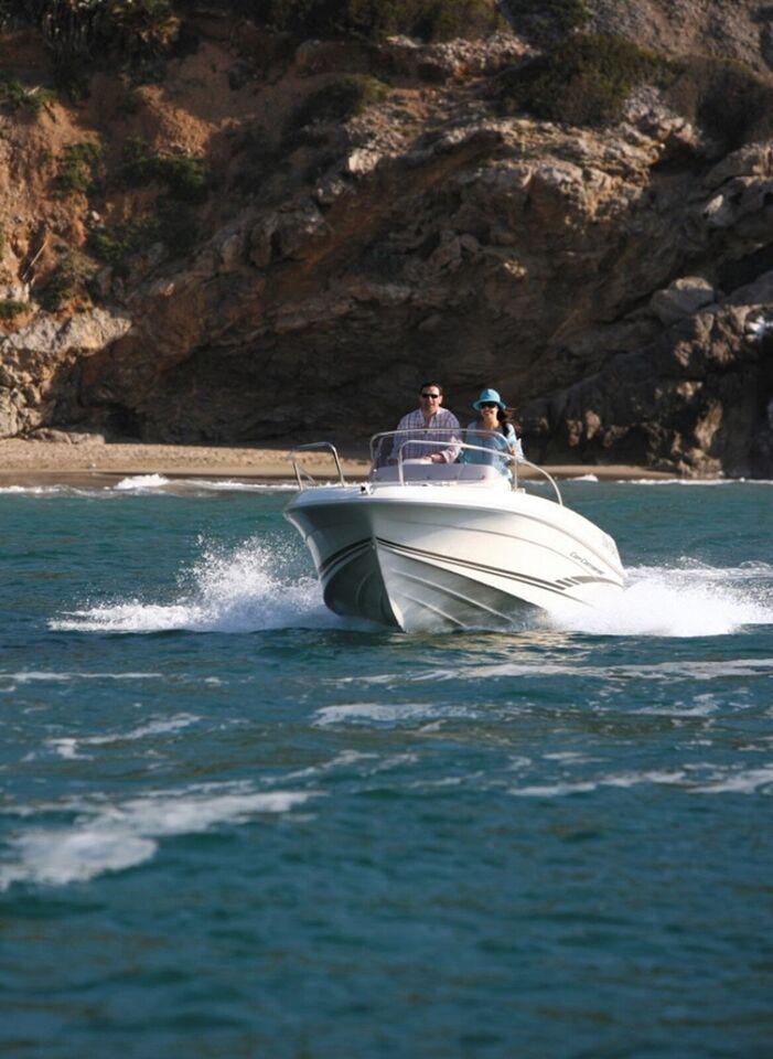Jeanneau Cap Camarat 5.1 CC m/40HK og udstyr, Motorbåd,