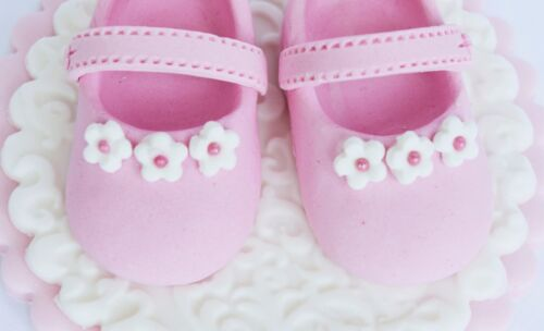 booties Christaening cake  topper Edible baby shoes Edible shoes