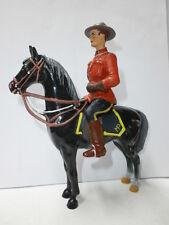 alte Masse Figur zu 10cm Mountie Canadier Polizist Reiter Hausser Elastolin