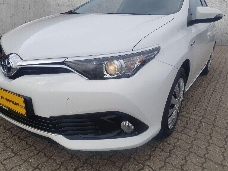 Billede af Toyota Auris 1,8 Hybrid H2 Comfort Touring Sports CVT Van