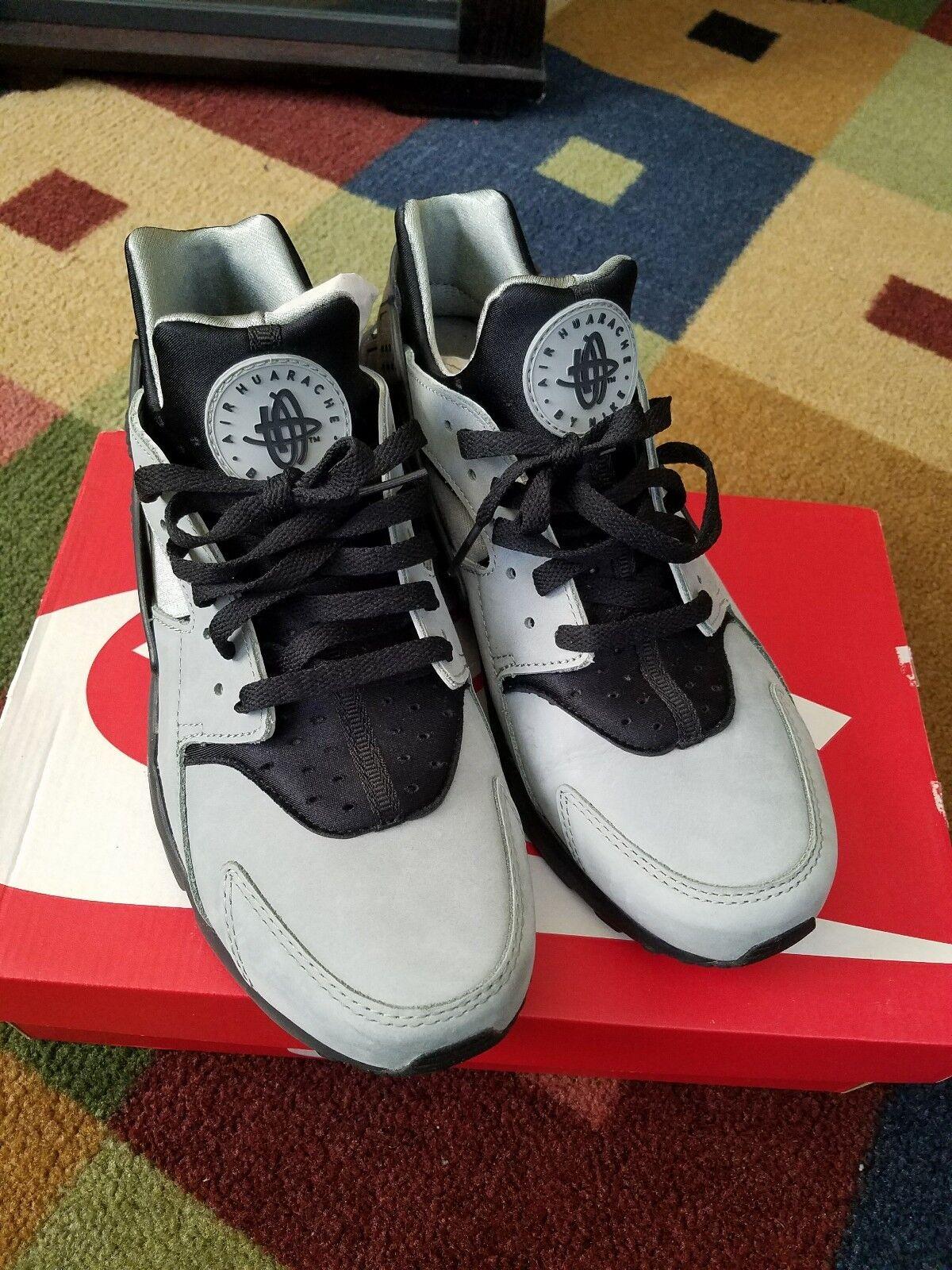 Mens Nike Huarache Run PRM 704830-301 Mica Green / Black preown Size 10.5