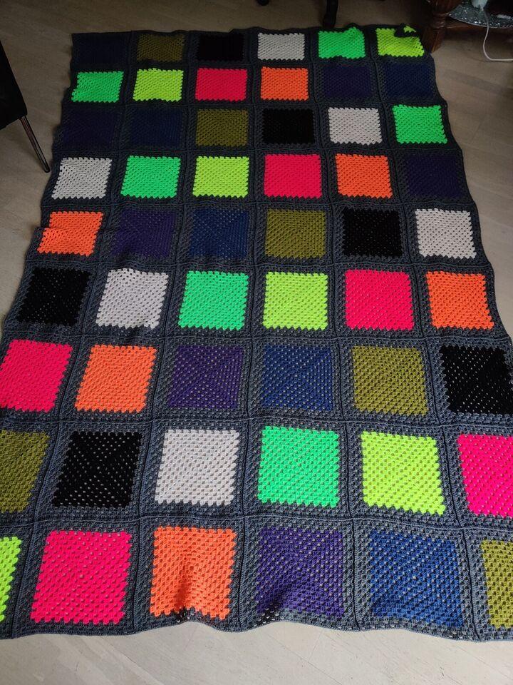Hæklet tæppe, Håndlavet - kunsthåndværk