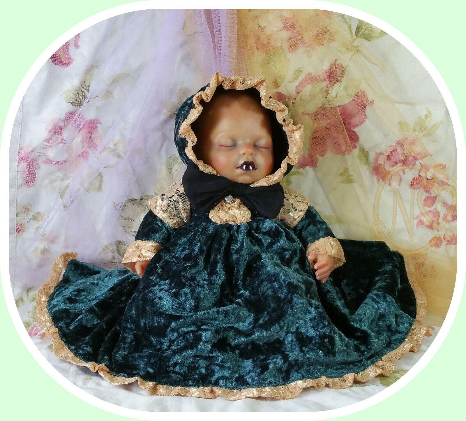 Vampire doll 32 cm Zapf creation reborn in beautiful velvet dress bonnet romper