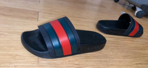 gucci slides Size 4.5