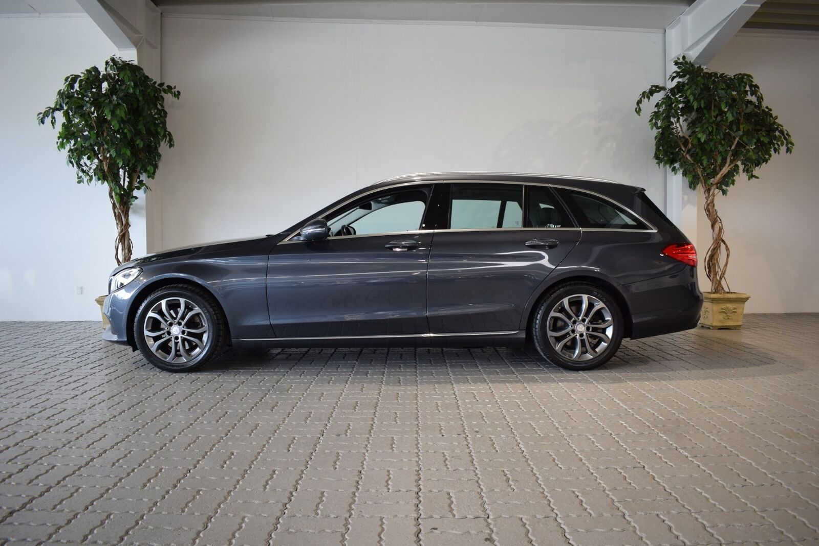 Mercedes C220 d 2,2 Avantgarde stc. aut. 5d - 299.900 kr.