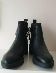 ZARA BLACK ELASTICATED FLAT ANKLE BOOTS