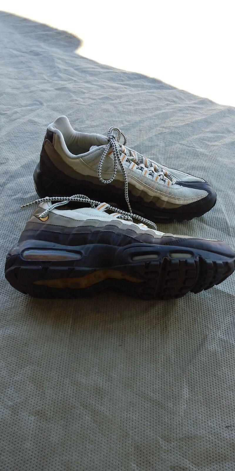 Nike Air Max 95 10.5 Men's