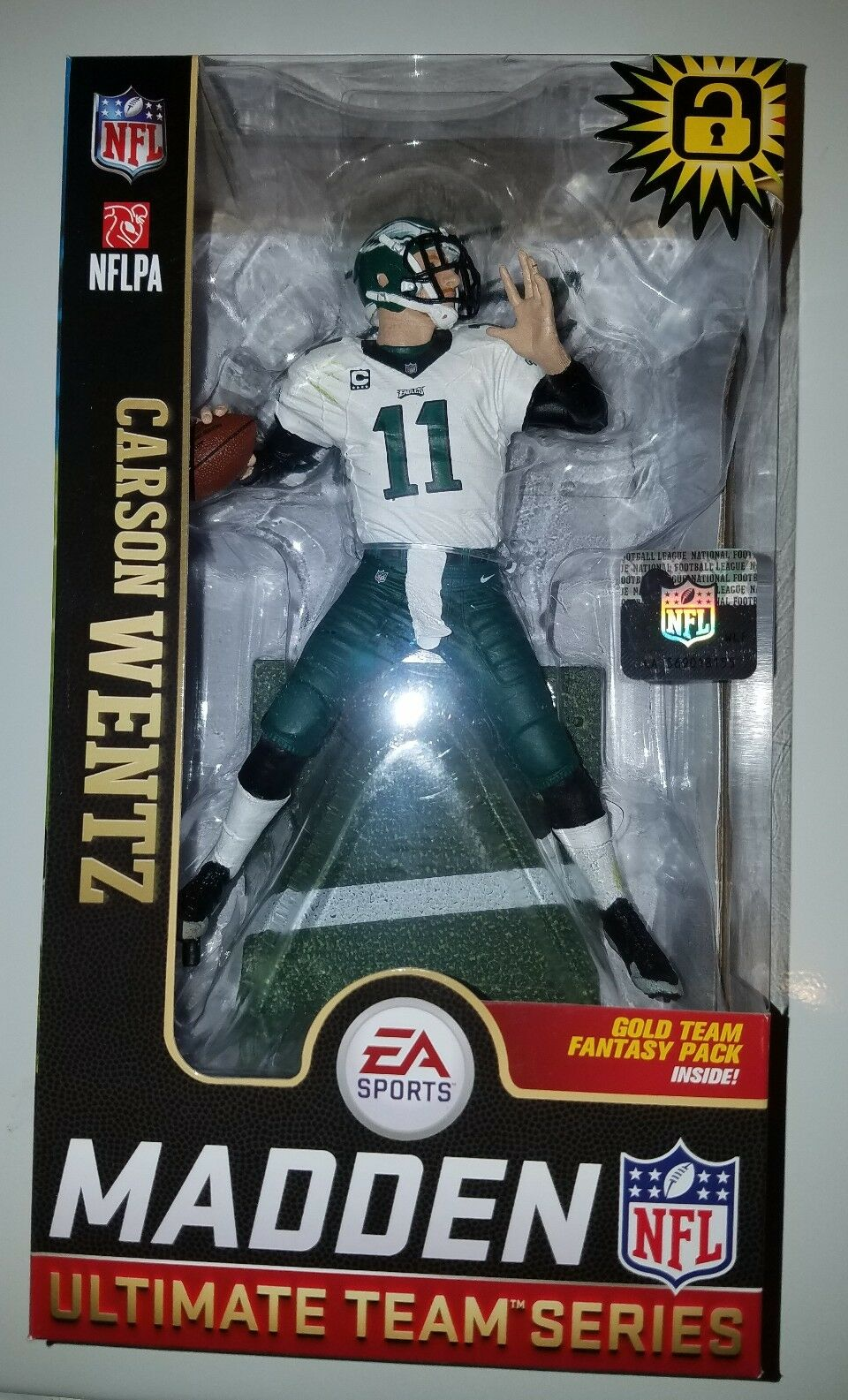 McFarlane NFL EA Sports Madden 19 Series 1 Carson Wentz green pants chase