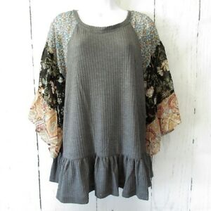 New-Umgee-Waffle-Knit-Top-XL-X-Large-Charcoal-Gray-Floral-Paisley-Bell-Sleeve