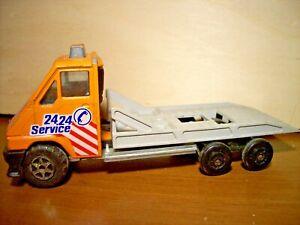 RENAULT-1984-MASTER-T35-ECH-1-43-MAJORETTE