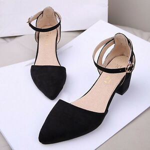 Pointed Flat Shoes With Straps
