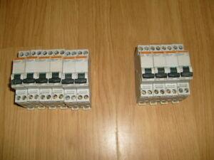 Lot 10  Disjoncteur de 10A  et   16A  Merlin Gerin -