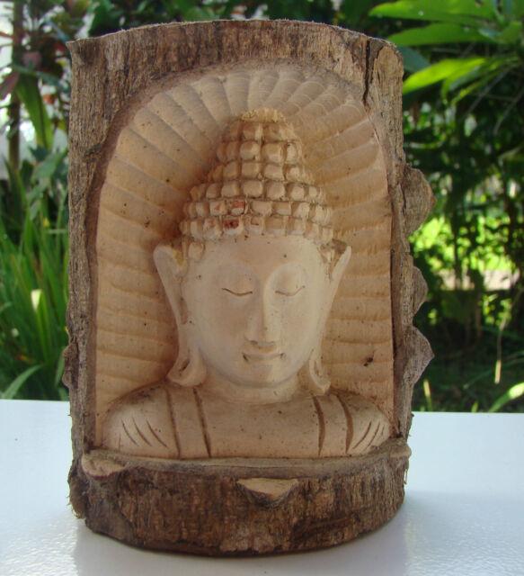 Bouddha en palétuvier (bois crocodile) art Indonésie