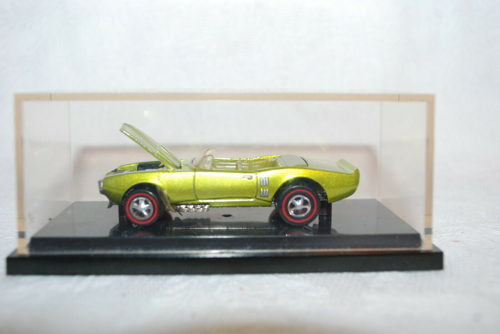 1 64 Scale Light My Firebird  - Gorgeous - Hot Wheels