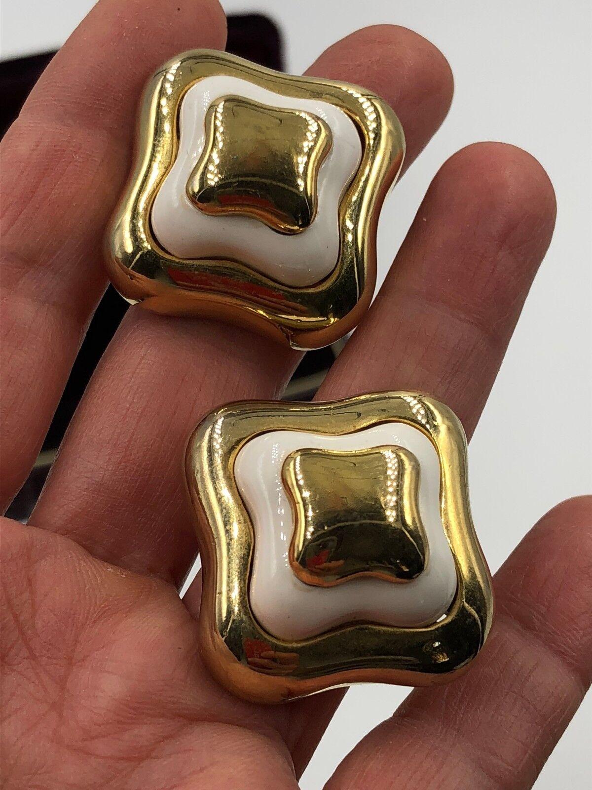 VINTAGE LANVIN SIGNED GOLD ENAMEL EARRINGS CLP FR… - image 8