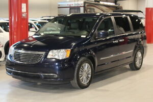 2014 Chrysler Town & Country TOURING 4D Wagon