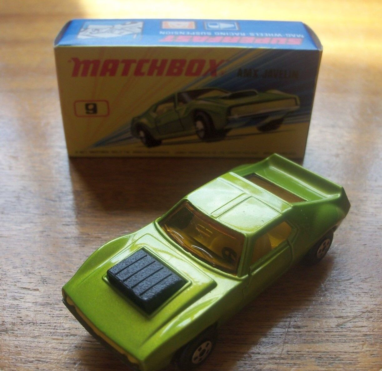MATCHBOX LESNEY SUPERFAST 1-75 No 9e AMX JAVELIN 1972 NMIB Boxed 5 spoke wheels