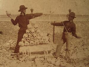 ANTIQUE-RARE-HAVANA-CUBA-MASS-GRAVE-SKULL-SKELETON-MACABRE-HUMOR-VICTORIAN-PHOTO