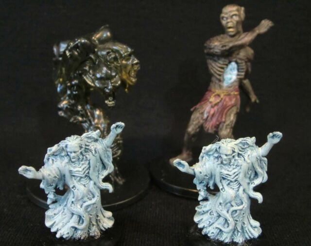 Dungeons & Dragons Miniatures Lot -  Undead Encounters !!  s59