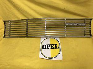 NUEVO-Orig-Parrilla-Opel-Kadett-A-Del-Radiador-Enfriador-acoplamiento-Cromo