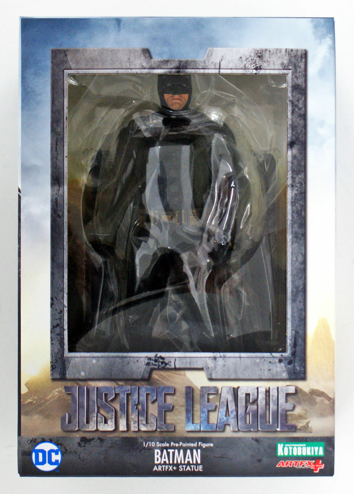 KOTOBUKIYA ARTFX+ JUSTICE LEAGUE BATMAN 1/10 SCALE STATUE BVS BRAND NEW N HAND