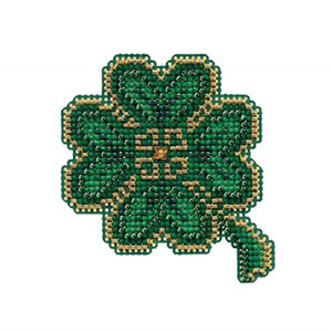 Mill Hill Snowflakes Beaded Counted Cross Stitch Ornament Kit 2010 Winter Holiday MH180303