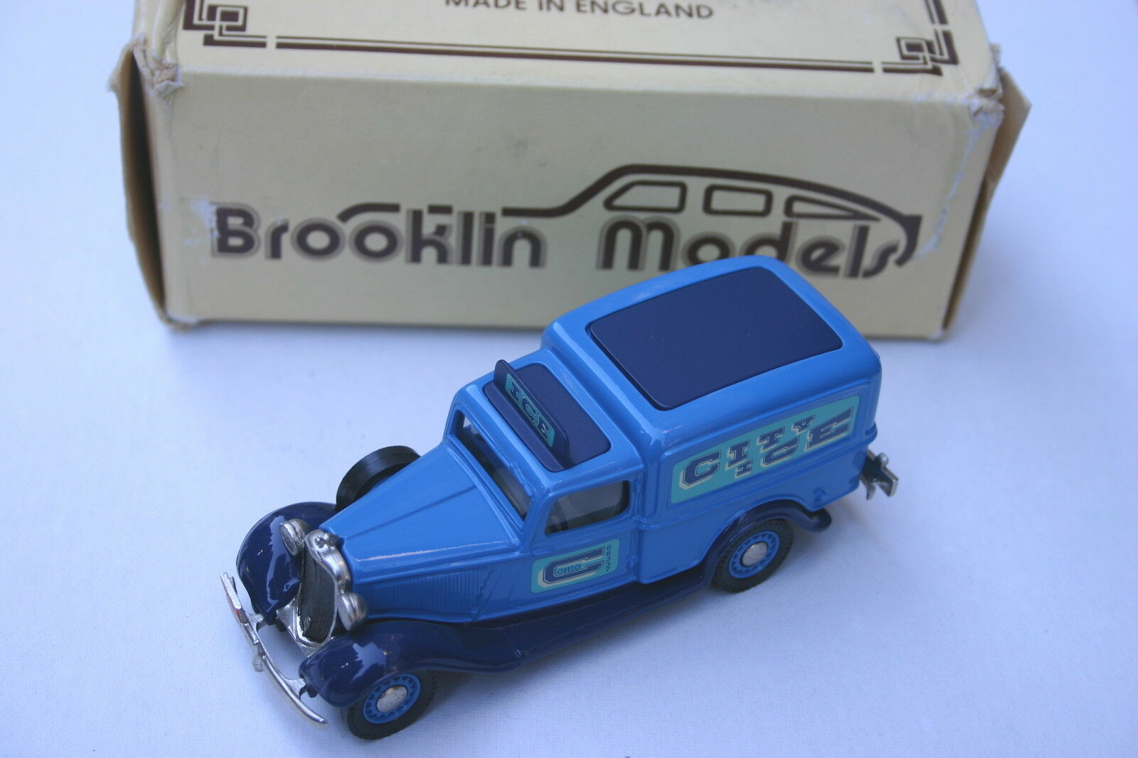 1 43 DODGE VAN CITY ICE DELIVERY 1935 blueE BY BROOKLIN IN BOX EXCELLENT