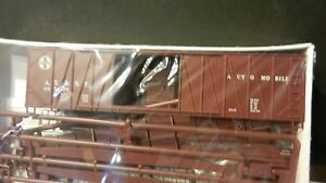 Walthers-HO-Santa-Fe-50-039-Wood-Outside-Braced-Dbl-Dr-Auto-Boxcar-Kit-NIB